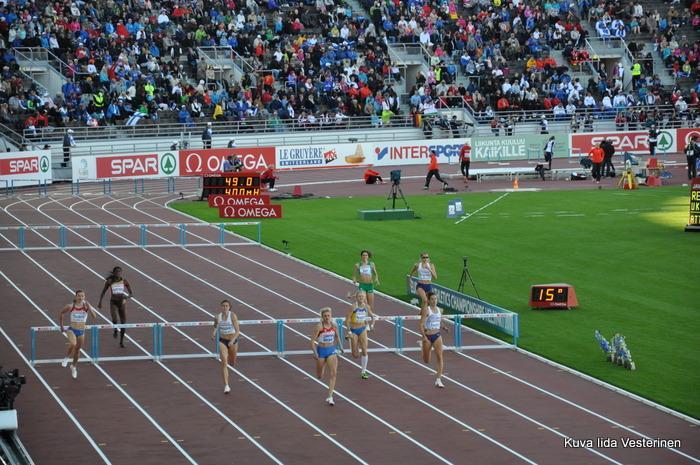 Naisten 400 metrin finaali