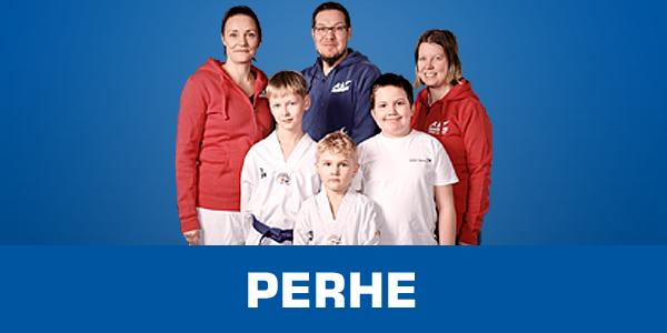 Perhetaekwondo tervetuloa harrastamaan yhdessä Hyvän mielen kamppailukoulussa haluamme tarjota perheille mukavan tavan viettää aikaa yhdessä liikunnallisen harrastuksen parissa
