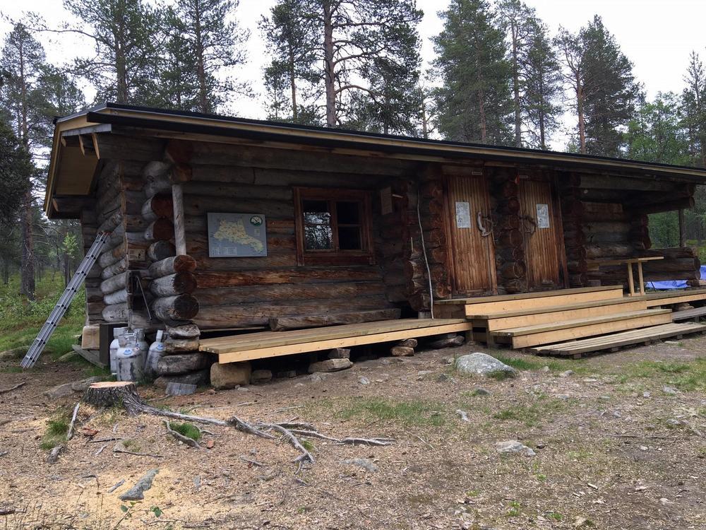 Korjattava tupa Urho Kekkosen kansallispuistossa. Kuva: Pauli Kiuru (8/2019)