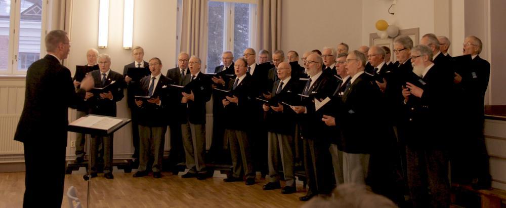 Kelojen osuus yhteiskonsertissa 16.2.2014. Molempia kuoroja johti Jussi Tamminen