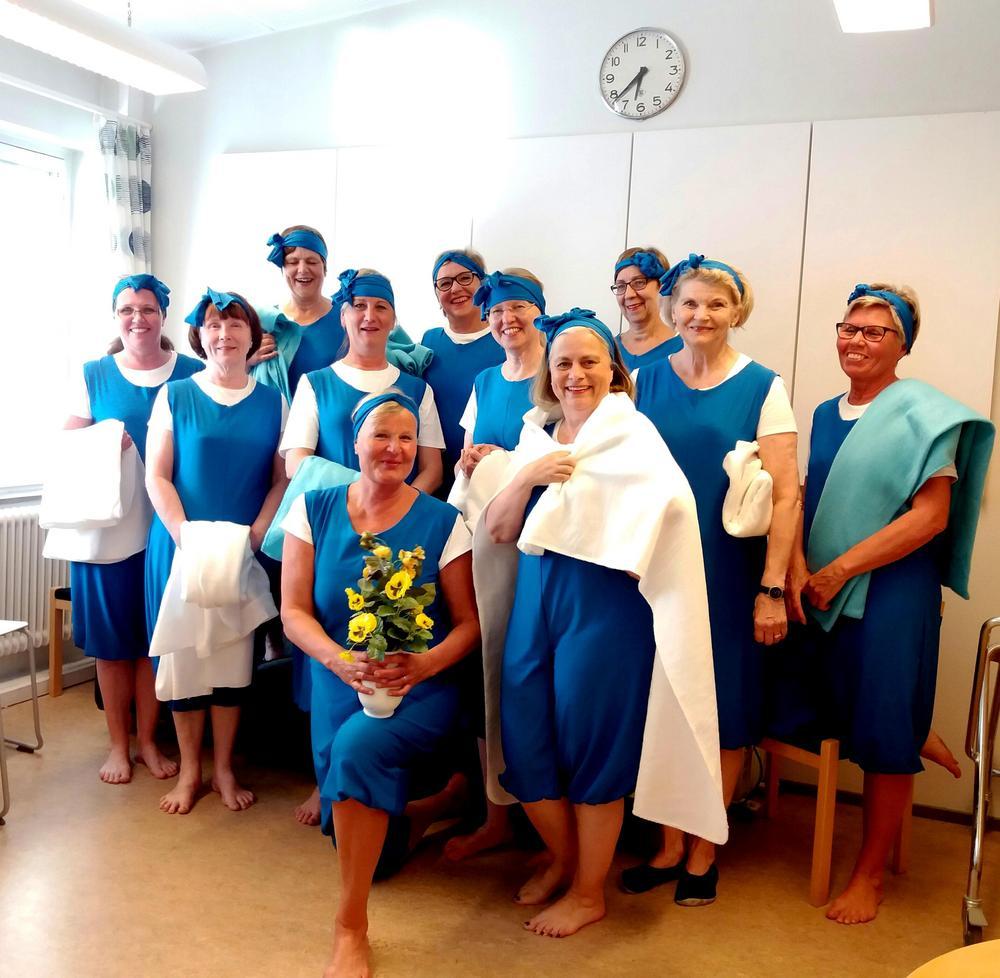 """Tanssinäytös """"Hei kuule Suomi, Suomi 100 vuota"""" kevät 2017 """"Sannalla, yyterin rannalla"""""""