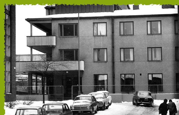 Pienperheyhdistys toimi alkuaikoina Helsingin Ensikodin tiloissa.
