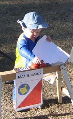 Maalileimaus pysäyttää ajanoton, sen tietää jo Heikkikin. Kuva: P. Moisander.