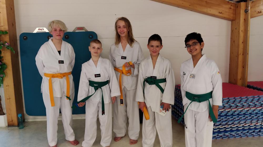 Meira (vas.), Max, Kassu, Daniel ja Haarsukhrai
