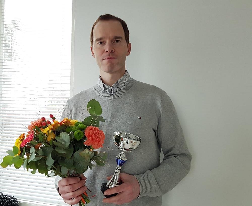 Vuoden terveystiedon opettaja Olli Paakkari.