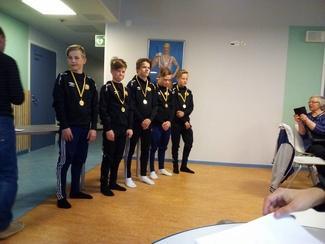 Kauden päättäjäiset 30.5.2017 liikuntahalilla. Palkittu kilparyhmä.