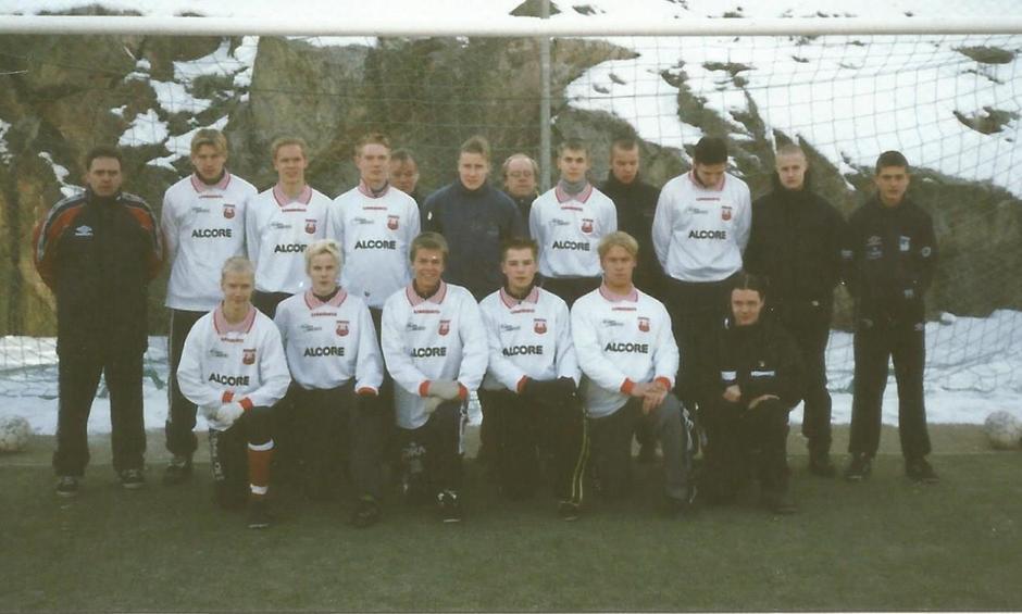 PeliKarhut joukkue kuva X3