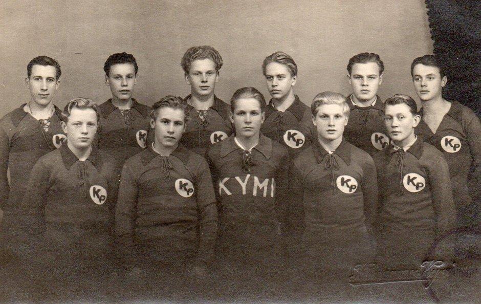 Poikien jalkapallojoukkue 1945