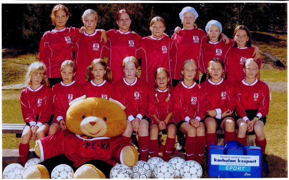 2002 D tytöt