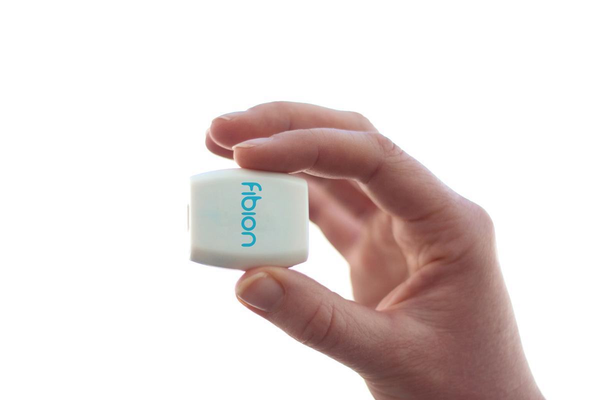 Fibion-aktiivisuusmittauslaite.