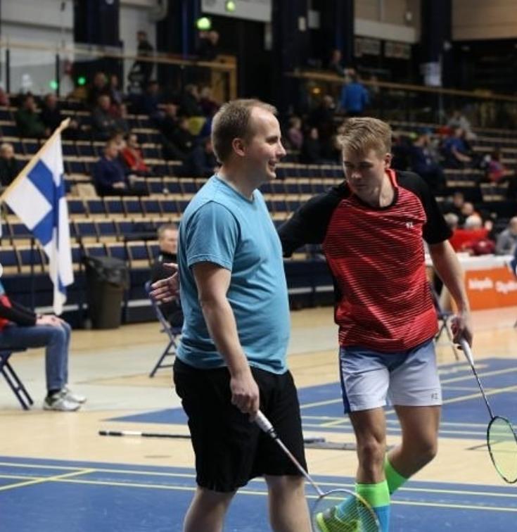 Sami Turusella ja Tommi Saksalla miesten nelinpelissä (MD-V) hyvä fiilis . Kuva: Jere Kokko