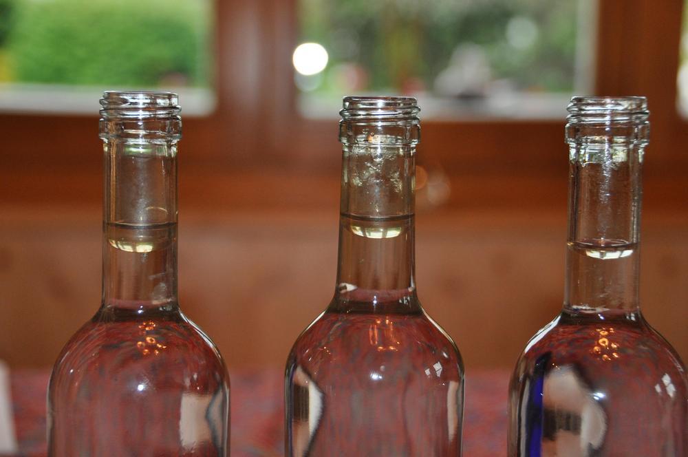 Ruusuvesi kasvivesi hydrolaatti aromaterapiayhdistys