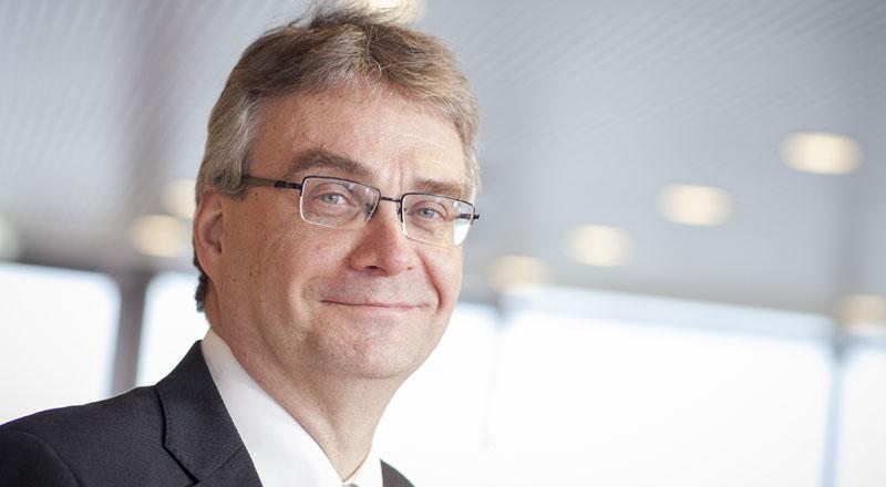 Artikkelin kirjoittaja Mikko Karpoja on aktuaaritoimen johtaja ja vastuullinen vakuutusmatemaatikko Työeläkeyhtiö Elossa. Hän on myös Suomen Vakuutusyhdistyksen hallituksen jäsen.